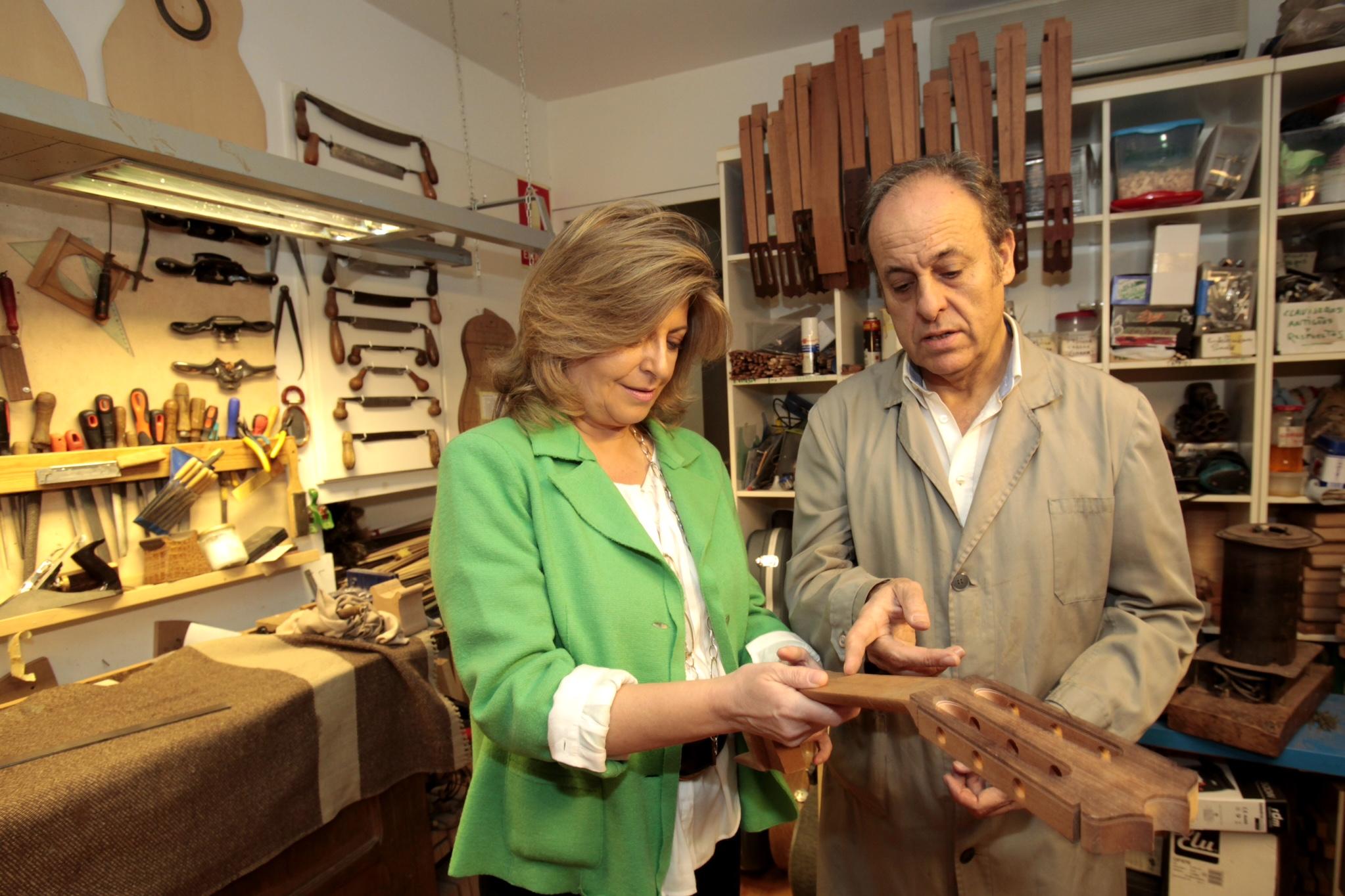 La consejera de Economía, Empleo y Hacienda de la Comunidad de Madrid visita nuestro taller